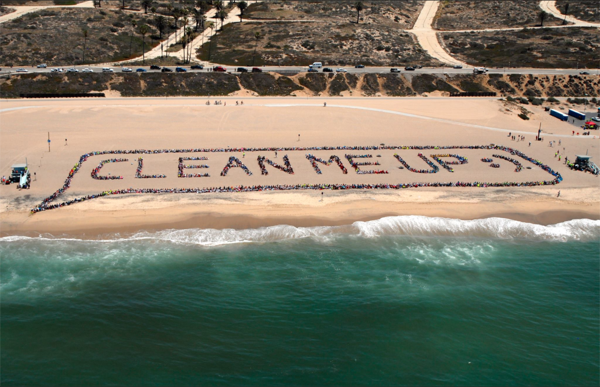 EARTH: Beach Clean Up @ Venice Beach | California | United States